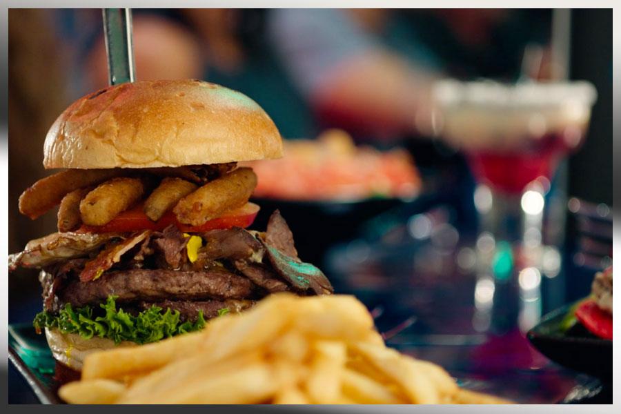 Dining/Burger.jpg